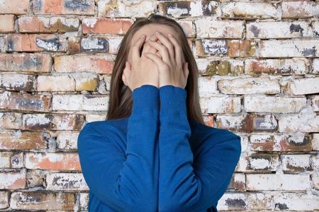 persona triste: Mujer. Foto de archivo