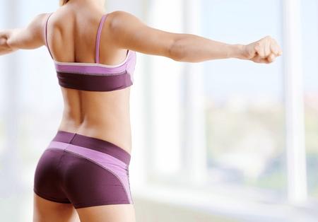 fitnes: Siłownia. Zdjęcie Seryjne