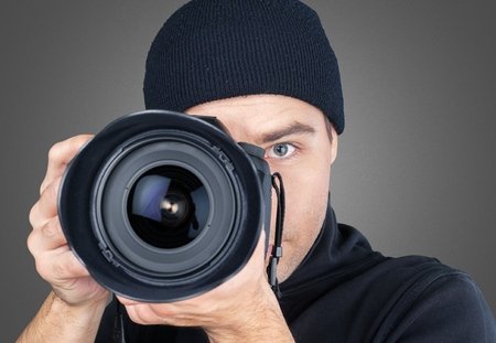 paparazzi: Photographer.