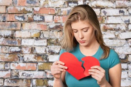 mujer sola: Corazón.