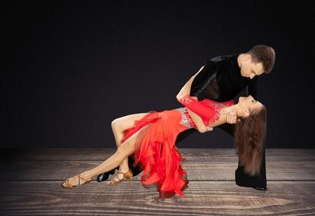 bailes de salsa: Salsa Dancing.