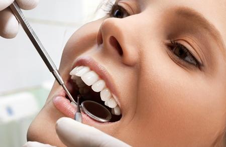 dental hygiene: Dentist.