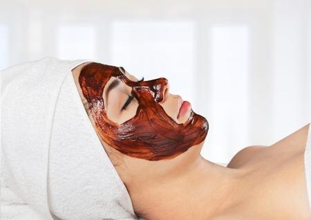 chocolate mask: Facial.