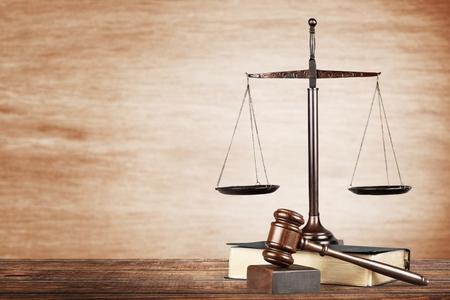 Law. Standard-Bild - 48217559