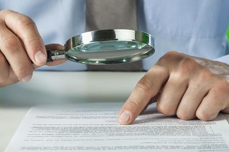 revisando documentos: Documento.