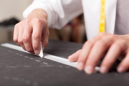 Kleidungs ??Fabrik. Arbeiten Mit Nähmustern. Die Verteilung Der ...