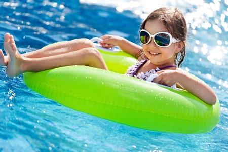 swimming pool: Child.