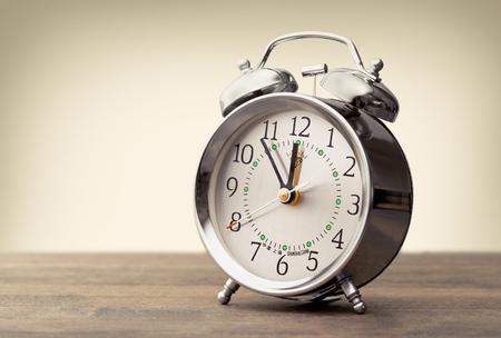 Uhr. Standard-Bild