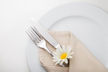 cutlery: Buffet.