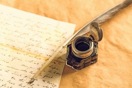 pluma de escribir antigua: Pluma pluma.