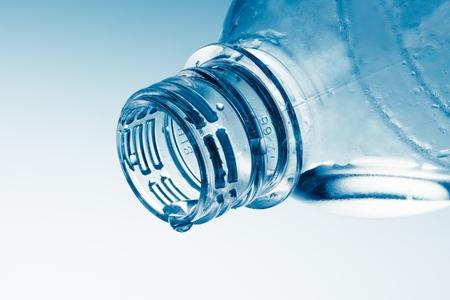 vasos de agua: Botella.