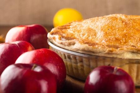 apple: Apple Pie.