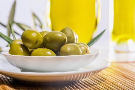 oil of olive: Aceituna. Foto de archivo