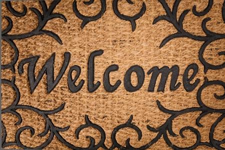 welcome mat: Doormat.