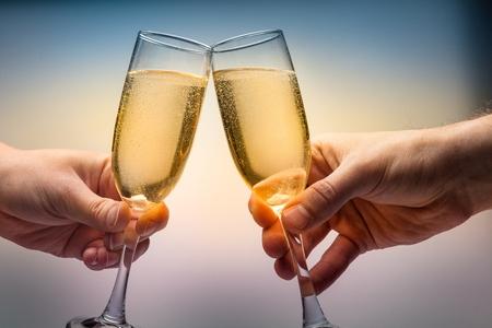 brindisi spumante: Champagne.