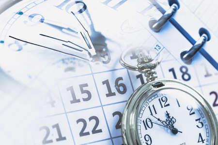 punctuality: Tiempo.