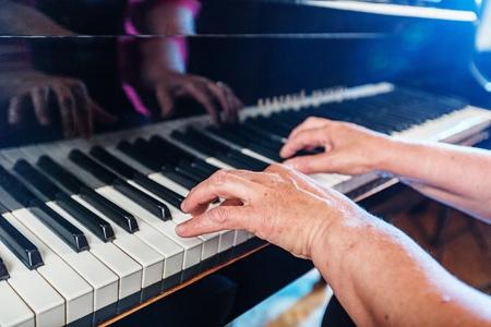 pianist: Pianist.