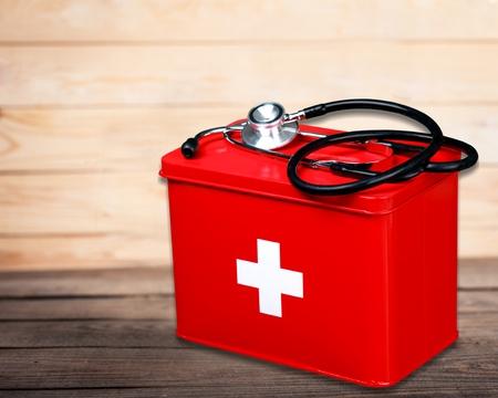botiquin de primeros auxilios: Botiqu�n de primeros auxilios.