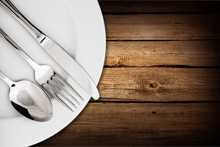 fork and knife: Spoon.