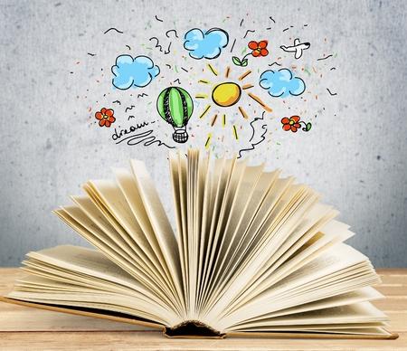 libros volando: Libro. Foto de archivo