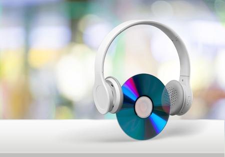 cd rom: Headphones.