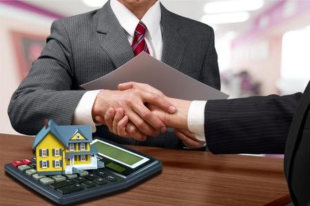Immobilier. Banque d'images - 51980376