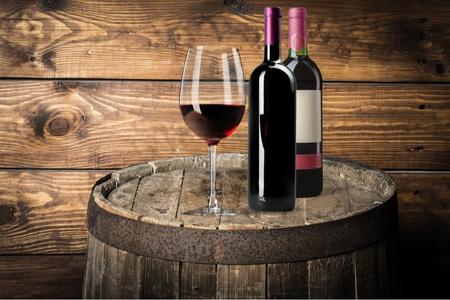Bouteille de vin. Banque d'images - 52029946