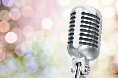 five objects: Microphone.