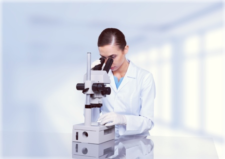 rd: Microscope.