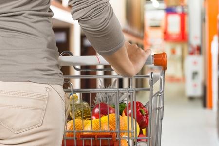 empujando: Ir de compras.