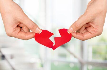 pareja enojada: Forma de corazón.