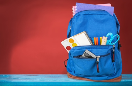 Schoolbag with supplies. Imagens - 83159004