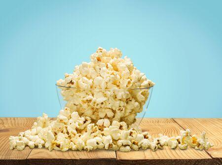 Popcorn. Stok Fotoğraf - 85855244