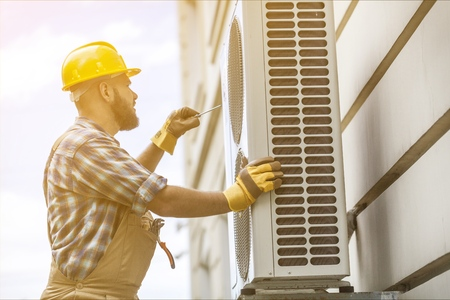 Worker and air conditioning.