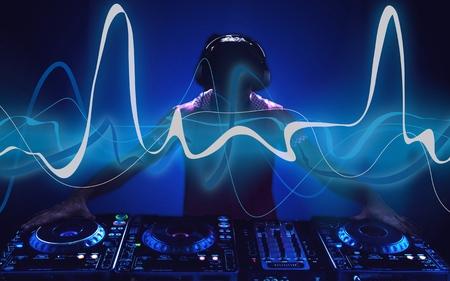 elektronische muziek DJ silhouet Stockfoto
