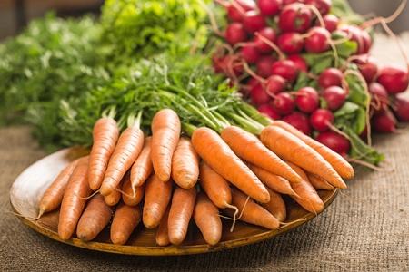 Carrots at a farmers market Standard-Bild
