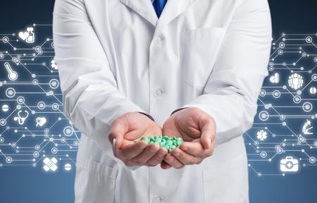Medicine pills in hand Stockfoto