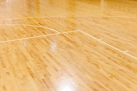 バスケットボールコートの木製フロア 写真素材