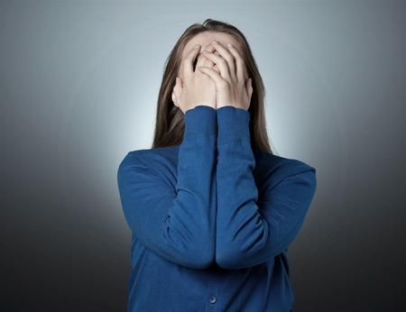 Depressieve jonge vrouw