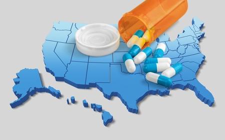 Pastillas de prescripción blancas en el mapa