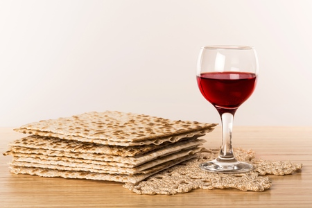 Matzo / Matzah and Wine
