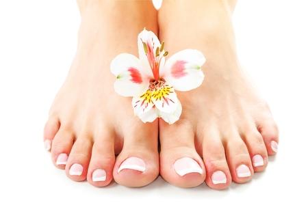 Manos perfectas en pies femeninos