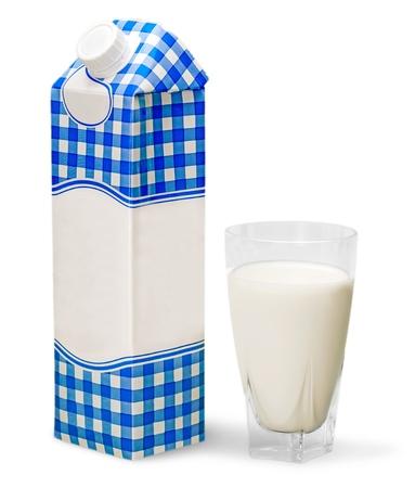 Milk Carton and Glass of Milk 免版税图像 - 108333911