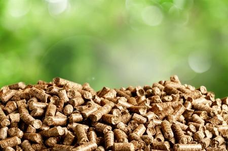 Granulés de biomasse- gros plan sur fond Banque d'images