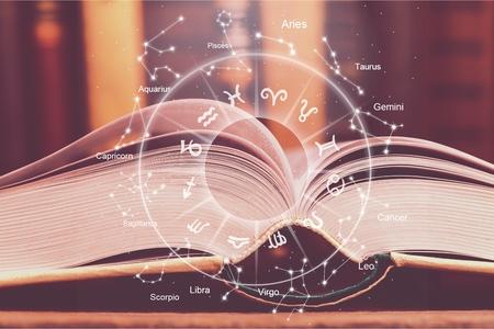 ilustración de libro mágico del horóscopo de la astrología