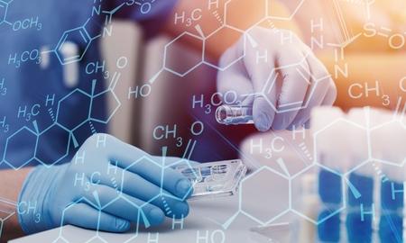 Automatisierung im klinischen Labor. Pipettierroboterlabor. Medizinrobotik. NGS-DNA-Diagnostik. Forschungs- und Wissenschaftshintergrund