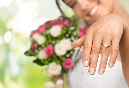 Her new ring Imagens