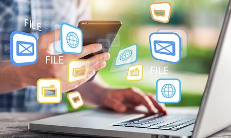 Contactez-nous fond d'informations mobiles pour ordinateur portable d'entreprise Banque d'images