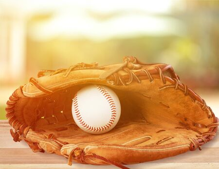 Baseball glove with a ball in it - isolated image Stockfoto