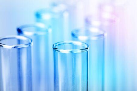 Tubes à essai de laboratoire scientifique, équipement de laboratoire Banque d'images